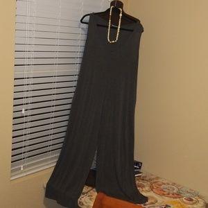 Annabelle Wideleg Jumpsuit Size Medium